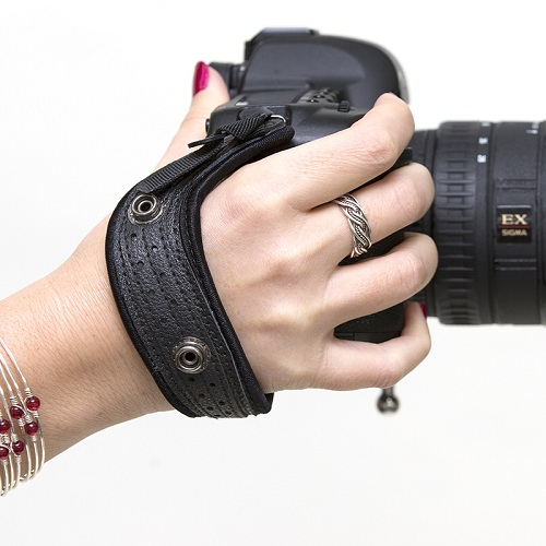 Tìm phụ kiện cho máy ảnh không gương lật