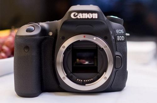 Canon và Sony thắng lớn tại giải thưởng EISA