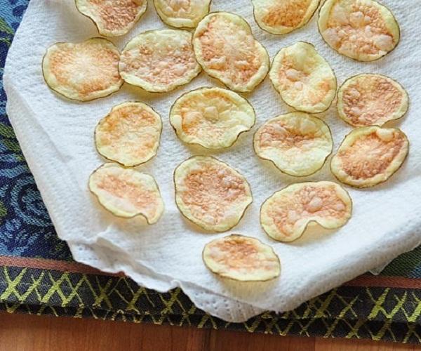 Cách làm khoai tây chiên gòn bằng lò vi sóng