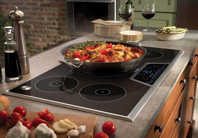 Có nên lựa chọn bếp điện từ kết hợp cho căn bếp?