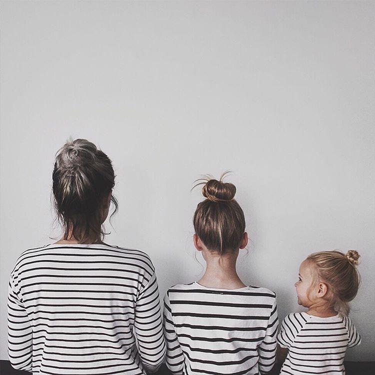 """Ngắm bộ ảnh """"mẹ và con gái"""" vô cùng ngộ nghĩnh của Dominique"""
