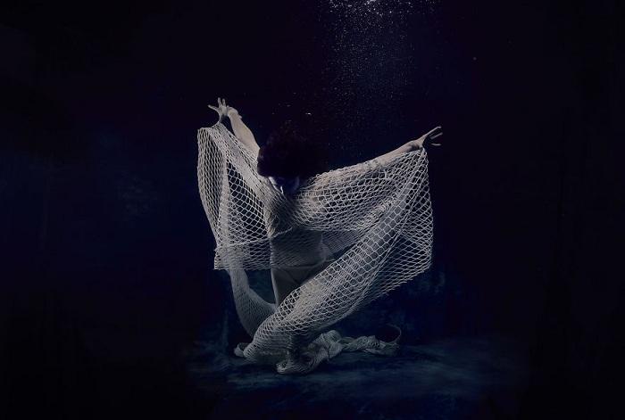 Rác thải đánh bắt trong môi trường biển qua lăng kính nhiếp ảnh gia Christine Ren