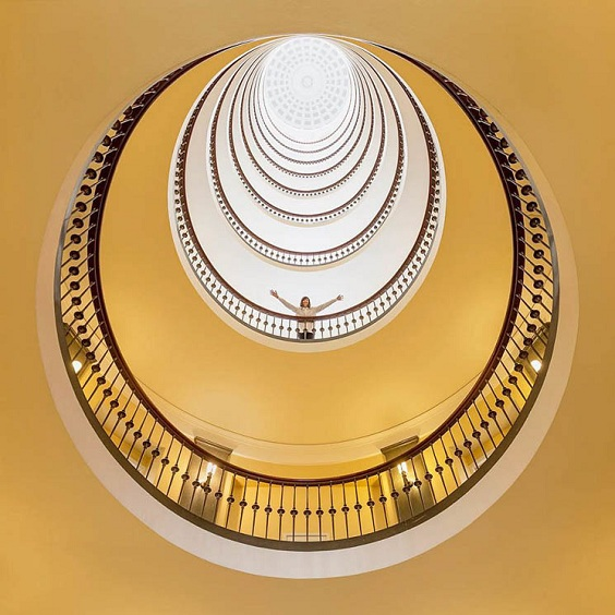 Ngắm bộ ảnh sáng tạo khi một nhiếp ảnh gia kết hợp với kiến trúc sư