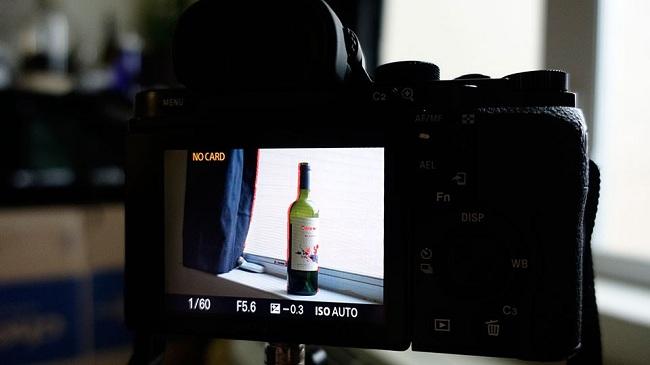 Tính năng Focus peaking hoạt động thế nào trên máy ảnh của bạn ?