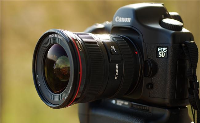 Những ống kính Canon được ưa chuộng nhất hiện nay