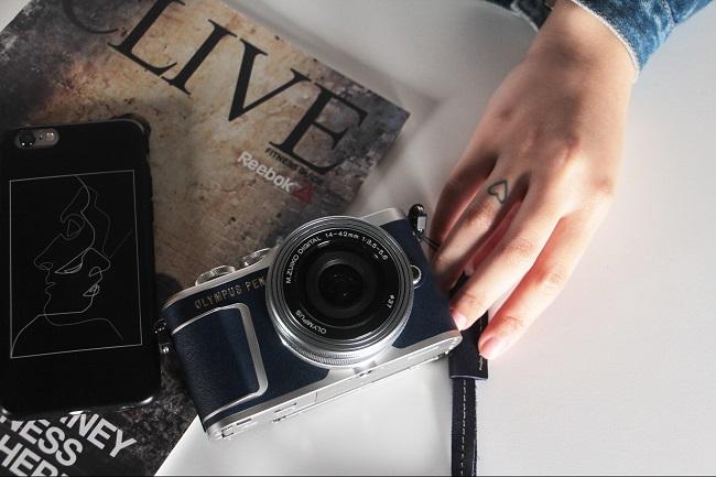 Olympus PEN E-PL9 - giấc mơ của mỗi blogger thời trang và du lịch