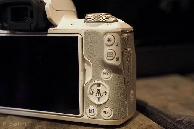 Máy Ảnh Canon EOS M50 + Kit 15-45mm (White)