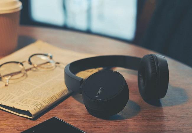 Tai nghe không dây Sony CH500 (Đen)