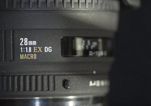Ống Kính Sigma 28mm F1.8 EX DG ASP Macro