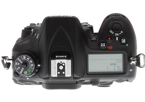 Máy Ảnh Nikon D7200 Kit AF-S 18-200 ED VR (hàng nhập khẩu)