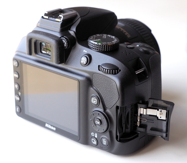 Máy Ảnh Nikon D3400 Body