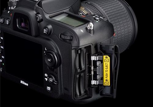 Máy Ảnh Nikon D7200 kit 18-55 VR II