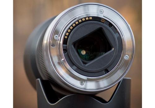 Ống Kính Sony E 55-210mm F4.5-6.3 OSS (SEL55210) đen
