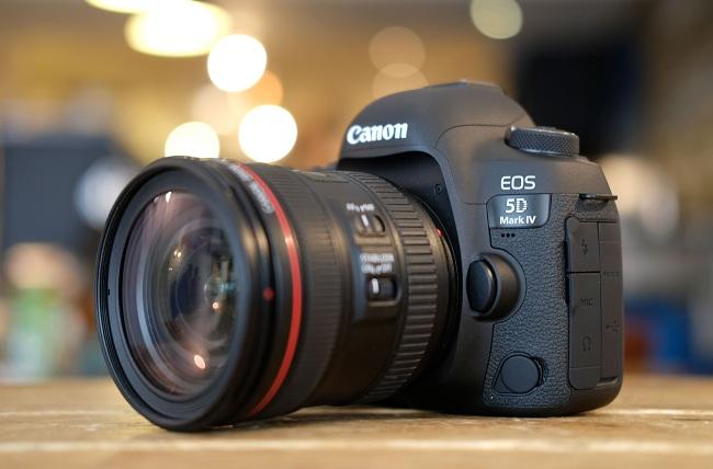 Máy Ảnh Canon EOS 5D Mark IV (Body) - hàng nhập khẩu