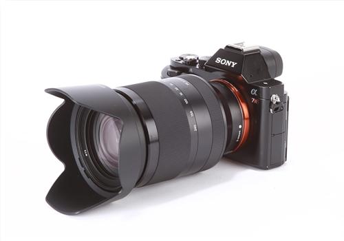 Ống Kính Sony FE 24-240 mm F3.5-6.3 OSS (SEL24240)
