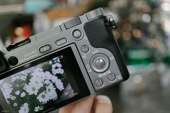 Máy Ảnh Sony Alpha A6000 (ILCE-6000) body + SEL50 F1.8 OSS (Xám)