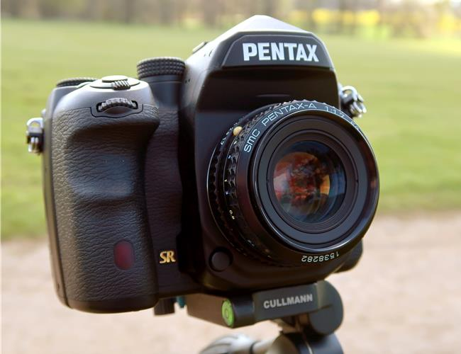 Máy Ảnh Pentax K-1