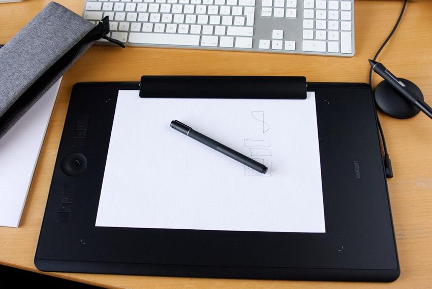 Bảng vẽ Wacom Intuos Pro Paper Large PTH-860 nhiều tính năng mới
