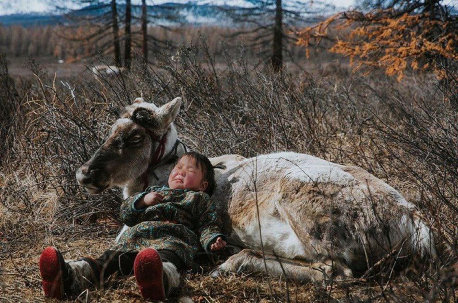 Bộ ảnhtốt nghiệp độc đáo của thủ khoa vàá khoa Sân khấu Điện ảnh: Chi 100 triệu, vượt 8000km giữa thời tiết -30 độ đến Mông Cổ