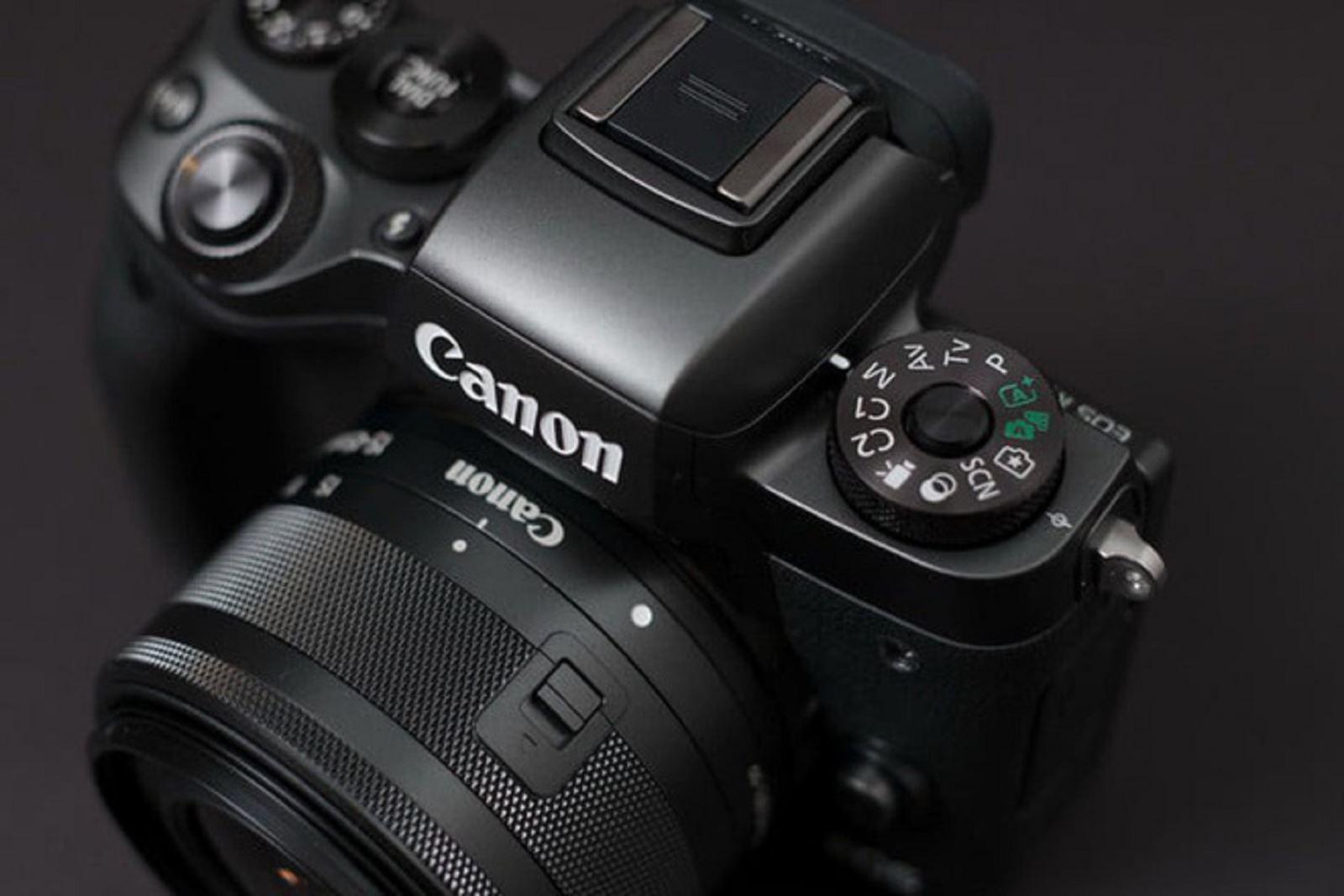 Những đòn đáp trả của Canon và Sony sau khi Nikon ra mắt hệ thống mirrorless full-frame mới