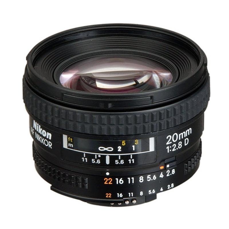 af-nikkor-20mm-f28d