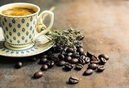 Bạn đã biết đi ngủ sau 15 phút uống cà phê sẽ có được một giấc ngủ sâu?
