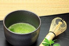 Làm Matcha trà xanh tác dụng 2 trong 1 giảm cân và giải nhiệt