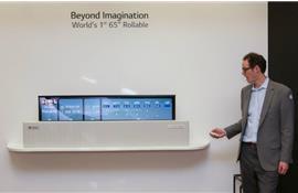 2 lợi ích từ mẫu tivi OLED cuộn tròn của LG