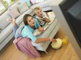 Đừng biến chiếc Tivi thành 'người giữ trẻ'