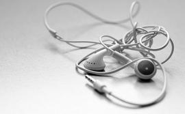 Những mẹo thú vị để giữ tai nghe của bạn không bị rối