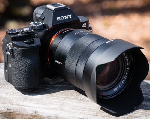 Ống Kính Sony E 16-70mm F4 ZA OSS (SEL1670Z)