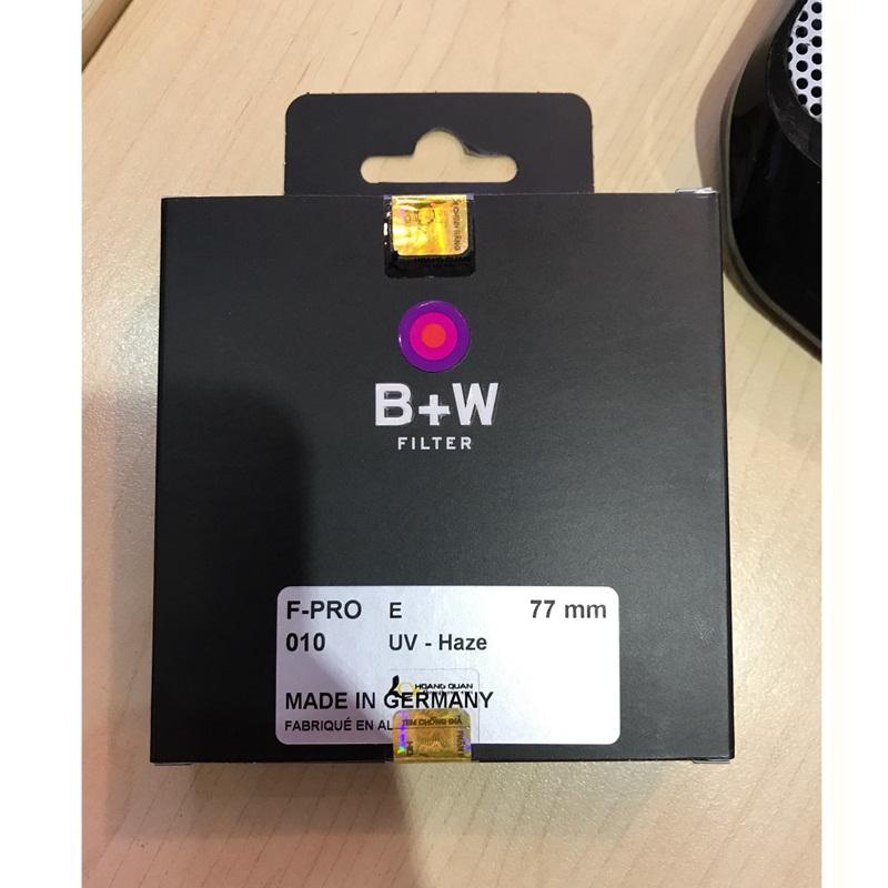 kinh-loc-bw-fpro-010-uvhaze-e-77-77mm